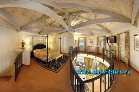 Monte-Carlo Beach Hotel 0